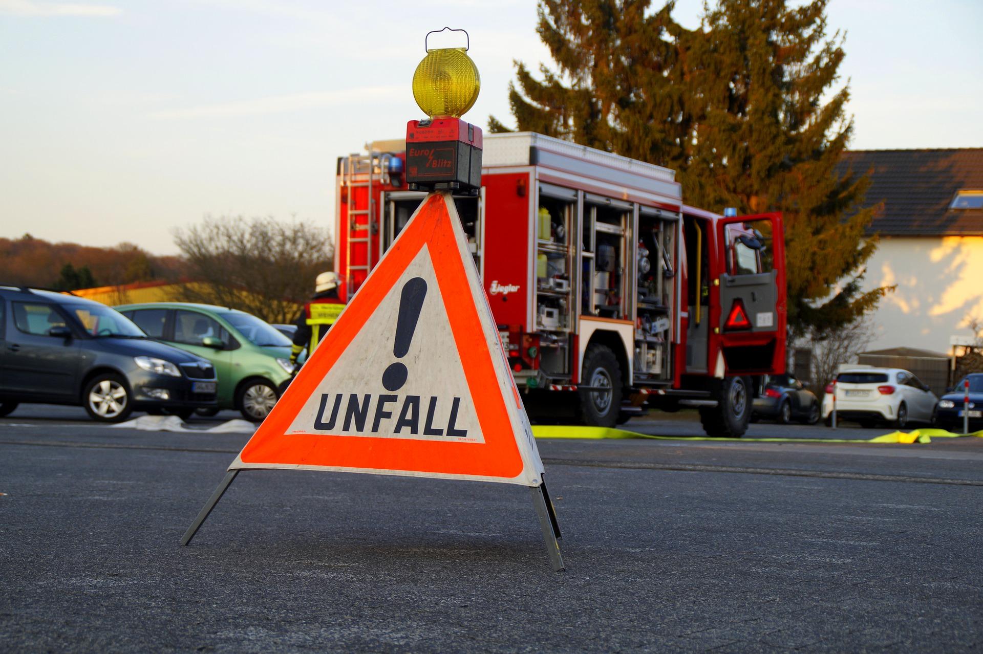 Symbolbild - Verkehrsunfall